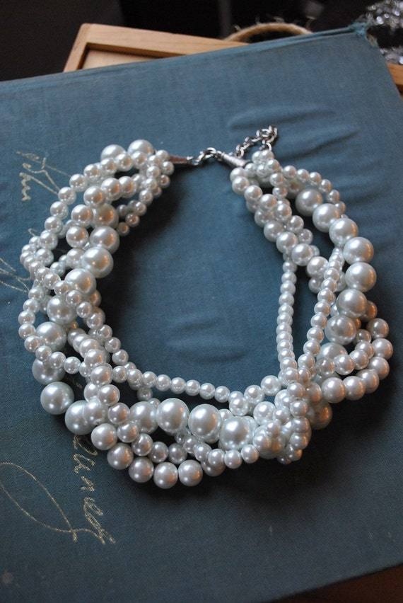 Chunky Pearl Twisted Statement Necklace