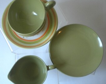 Vintage Oneida Green Melamine Breakfast Set
