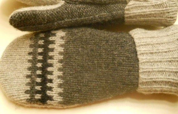 Charcoal Gray Pattern Mittens: recycled sweater mittens lined with cool green fleece.  Ladies Medium.