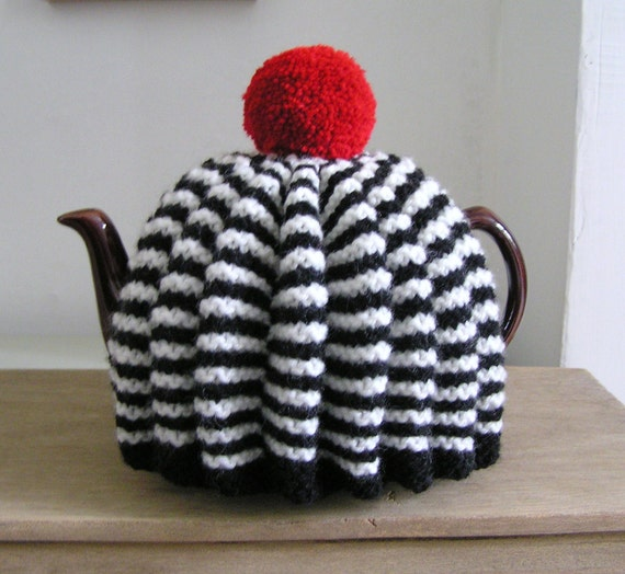 six cup knitted tea cozy