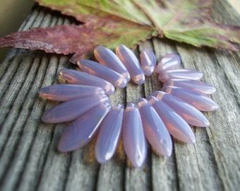 Dagger Czech Glass Beads 16x5mm Opal Mauvy Lilac (50pcs)