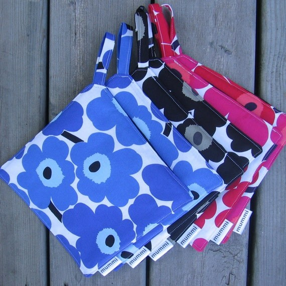 MARIMEKKO Mini Unikko pot holder, hostess/ house warming gift, authentic fabric from Finland, 7 colors to choose from
