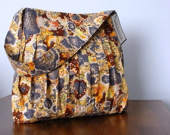 Multicolor Speckled Scrunchie Purse
