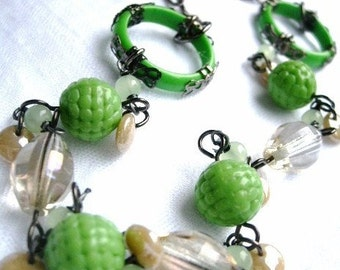 Lime green textured bead necklace