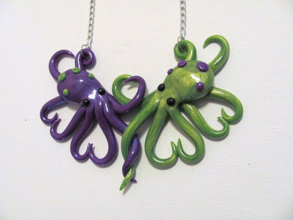 Intertwined Octopi in love Necklace, purple