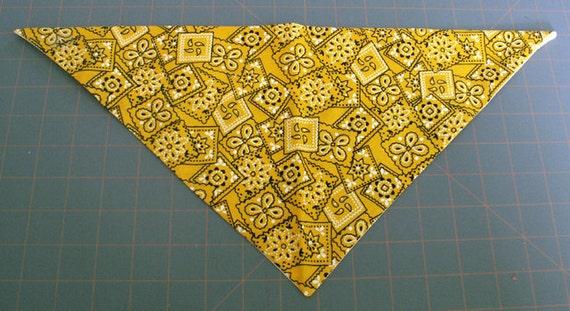Dog Bandana Traditional, bandana print, yellow