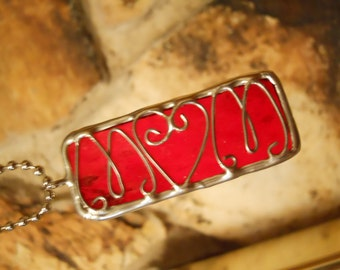 Red Mom Stained Glass Wire Pendant Necklace Jewelry