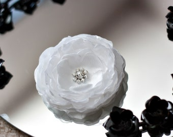 White Flower Fascinator-Simply Heaven