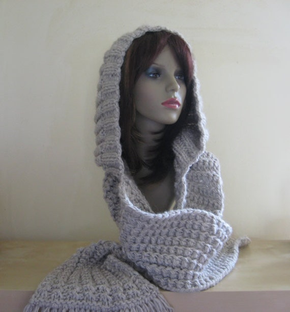 Handknit in France - Super Chunky Hooded Scarf Beige / Off-White / Grey - for Men and Women