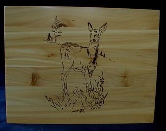 Handmade Maine Cedar Box Wildlife Doe Deer Hunter Sportsman
