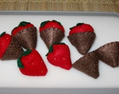 6 Chocolate Covered Strawberries with Removable Chocolate Coating - Felt Play Food