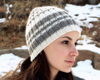 Unisex hat. Hand knit beanie. Pure wool. Skull cap.  Natural colors. Off white. Light brown stripes.  Skiing hat. Snowboarding hat.
