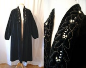 Dramatic 1950's black velvet swing coat with rhinestones and faux pearls new look bombshell - size Large to Extra Large