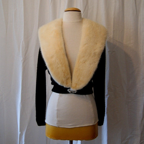 Stunning 1950's black cashmere sweater with a giant mink collar and pearl and rhinestone detail   bombshell - Medium to Large