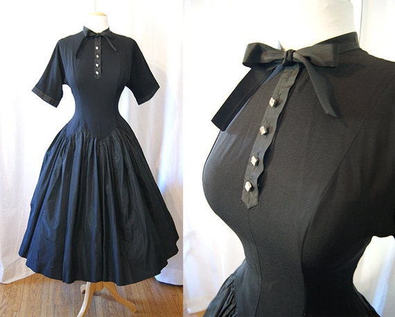 Darling 1950's black new look short sleeve dress with rhinestone buttons Lucy pin up girl rockabilly - size Medium