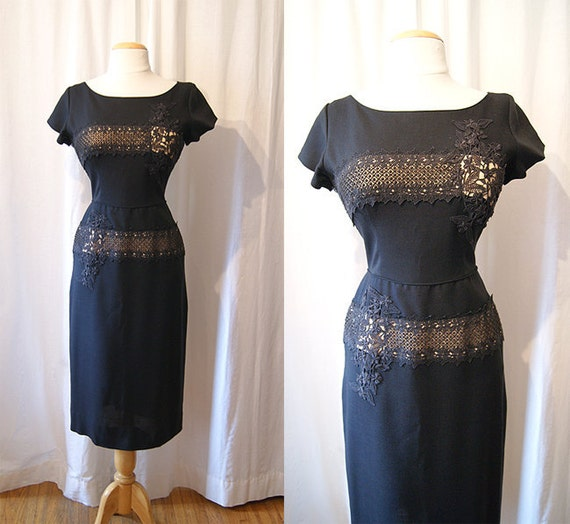Chic 1950's designer Ferman-O'Grady black linen and lace cocktail illusion wiggle dress vlv bombshell party fitted - size Medium