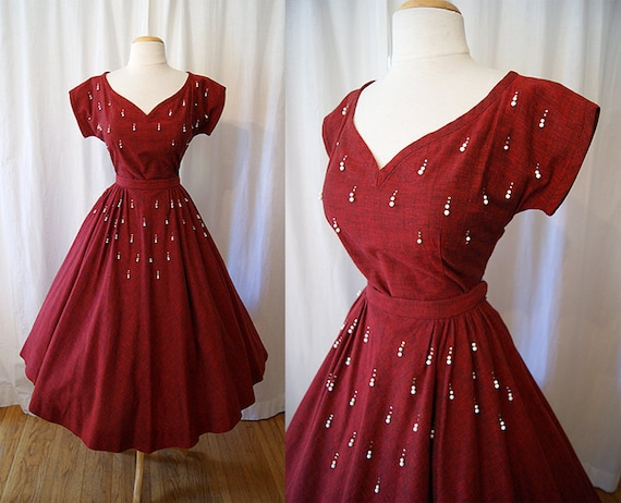 Gorgeous 1950s two piece cotton dress with rhinestones and pearls vlv circle skirt swing new look chic  - size Small to Medium