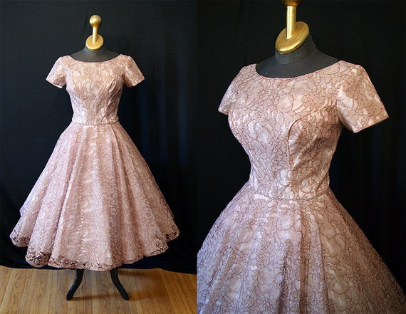 Elegant 1950's lace new look party dress vlv bombshell spring wedding  prom chic  - size Medium