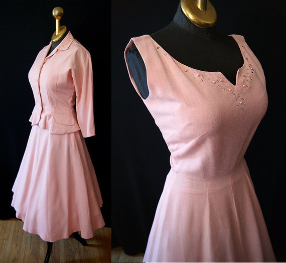 Beautiful 1950's Jonathan Logan pale pink linen matching dress & jacket w/ rhinestones, faux pearls vlv summer party - size Small to Medium