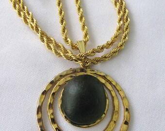 Beach Seaglass Pendant, Necklace Sea Glass. Green Jewelry, Beach Glass Jewelry