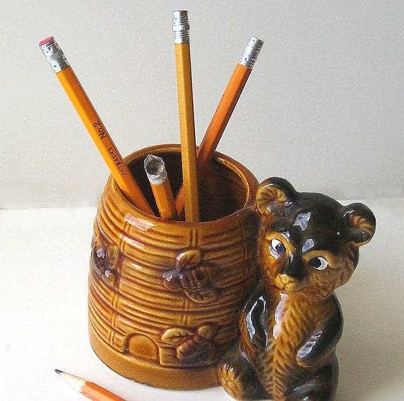 Honey Bear Pencil Cup, Vintage Bear Planter, Vintage Ceramic Figurine, Honey Bee Bear Planter Vase Pencil Holder
