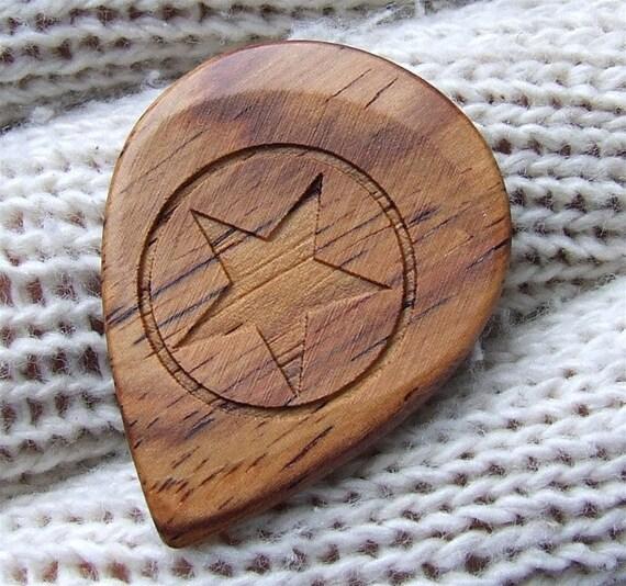 Handmade Premium Guitar Pick - Laser Engraved Exotic Wood Guitar Pick -Honduran Rosewood