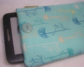 Ereader Kindle, Kindle Fire, Sony, Kobo sleeve cover blue with dandelions, well padded and ready to ship