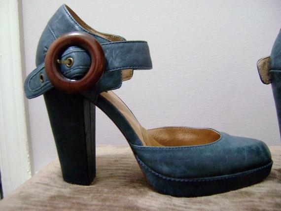 Sky High Frye Blue Platform High Heel Ladies Pumps 8.5 Ankle Strap