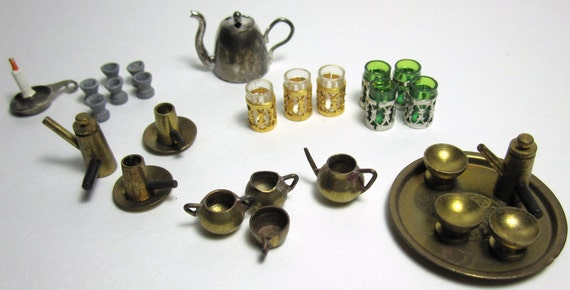 Vintage Miniature Table Top Accessories