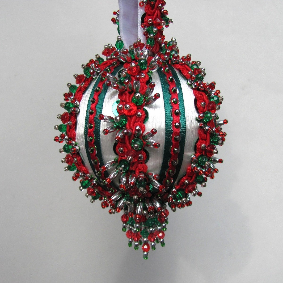 Beaded Christmas Ornament Kit Yuletide Greeting