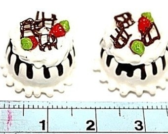 Miniature Polymer Clay Food White Chocolate Cake with Whipped Cream & Strawberry, 2 pcs
