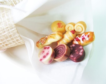 16 Miniature Foods Polymer Clay Beads for Dollhouse Supplies