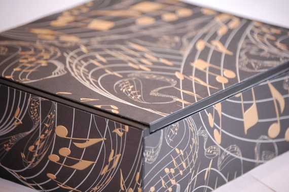 Upcycled eco-friendly Cigar Box, Jewelry Box, Trinket Box, Memory Keeper