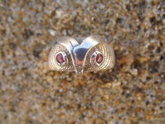 Vintage 1970's Silver Owl Ring with Ruby Eyes