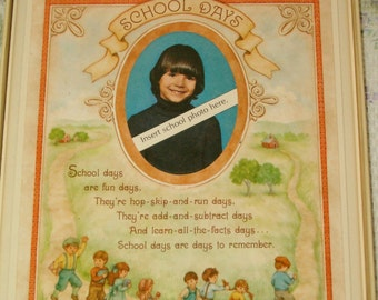 HALLMARK School Days Photo Picture FRAME Plaque New in Box Dated 1980 Boy Girl Wood Graphic Oval Opening Wallet Size