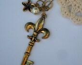 Fleur-de-Lis Key necklace