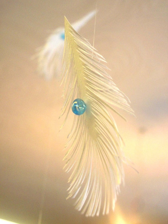 FEATHER mobile - GERLAND - CIELING DECORATION - by LiRaDesigne