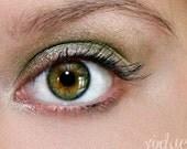 Mineral Eyeshadow Jar in Resilience- Bronzen Green