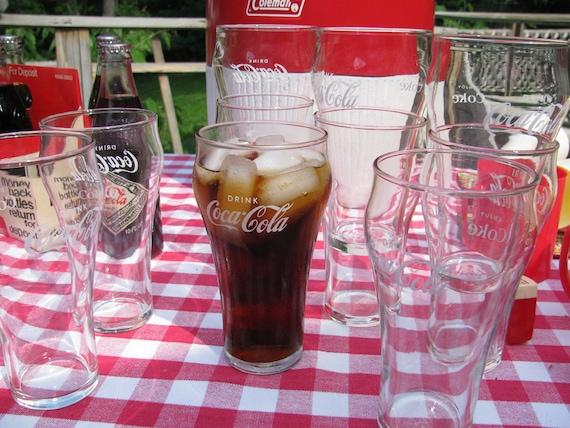 10 Vintage Early 1970s Coca Cola Coke Classic  Fountain Glasses White Lettering Set 10
