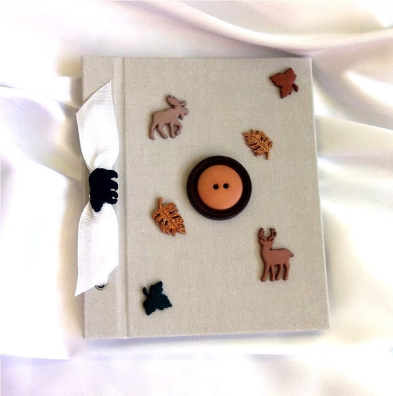 Button Photo Album - Nature Lover - Outdoor, Leaves, Animals