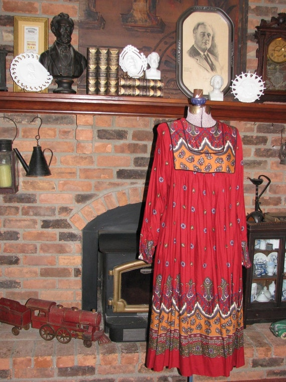 1970's red floral and paisley dress, made by Robbie Bee (size 12 or 14)