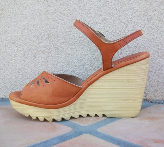 vintage 70 s platform wedge shoes size by