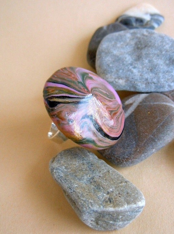 Large adjustable ring-Polymer Clay in reflections of pink, caramel, gold and black