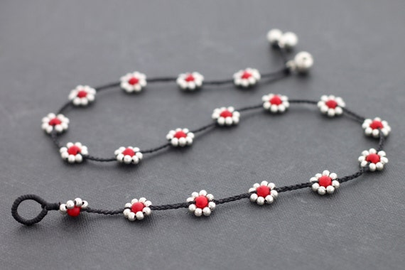 Daisy Coral Silver Necklace