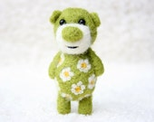 Pocket Flower Bear With Cammomiles 8