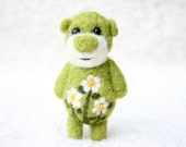 Pocket Flower Bear With Cammomiles 35