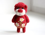 Burgundy red pocket bear with cammomiles 4