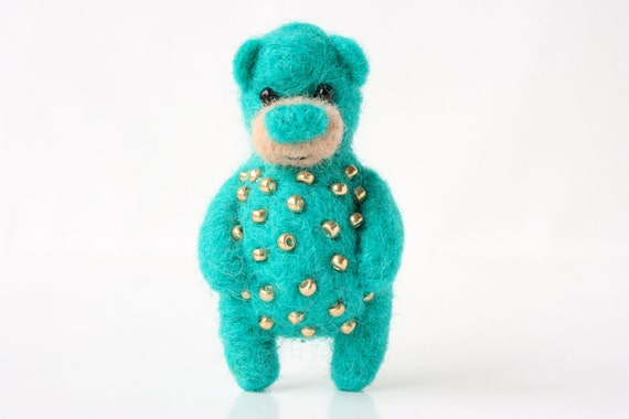 Green-ish bear with golden beads, brooch