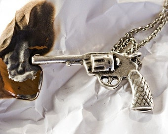 Six shooter Pistol Necklace