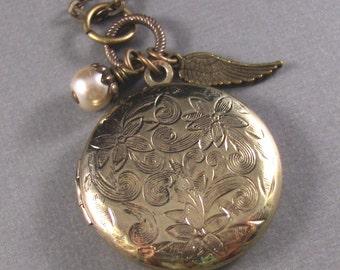 Angels Wings,Locket,Antique Locket,Brass Locket,Wing,Pearl,Almond,Vintage,Antique,Charm. Handmade jewelery by valleygirldesigns.